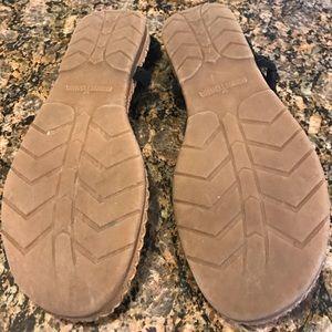 Minnetonka Shoes - Minnetonka Suede Boho Flip Flop Sandals size 8